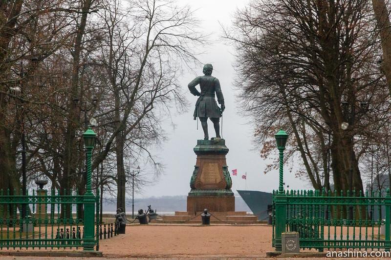 Памятник Петру Первому в Кронштадте