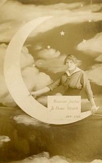 Paper Moon with Finnish Christmas Greeting, 1914