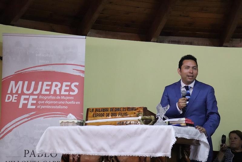 """Lanzamiento libro """"Mujeres de Fe"""" de hermano Pablo Villouta"""