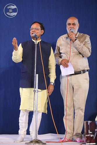 Devotional song by Jagat Geetkar Ji and Dilbag Ji