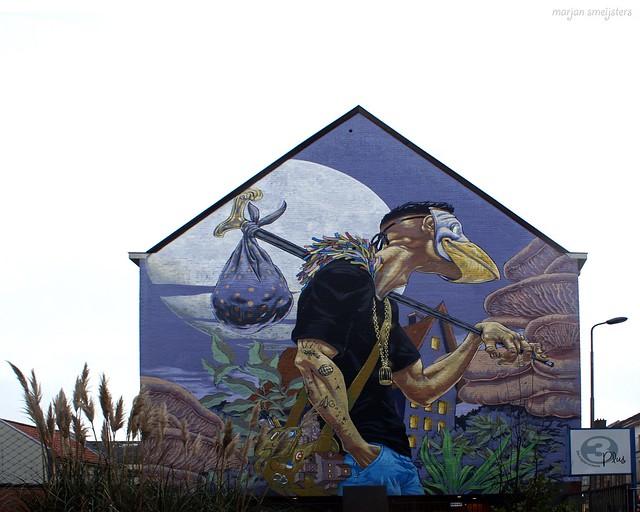 The Traveller (A squid called Sebastian), Street Art Ghent, Belgium
