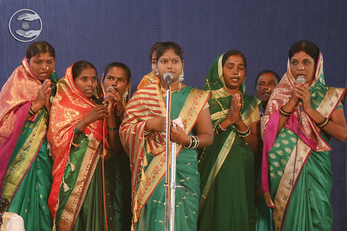 Devotional song by devotees from Jadhavwadi