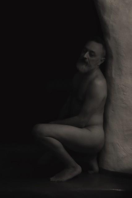 Modèle : Jean-Marc  . . . #shooting #modele #homme #nu #numasculin #nuartistique #photothérapie #myman #etudiantip #artmajeur 