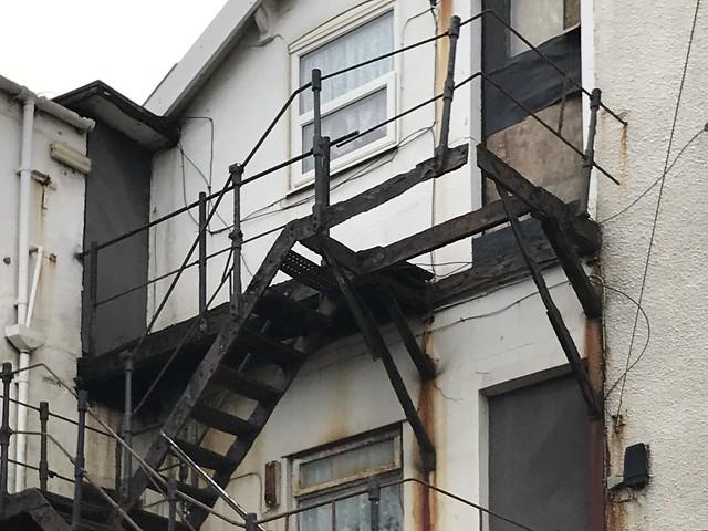 Dihangfa dân / Fire escape - Blackpool