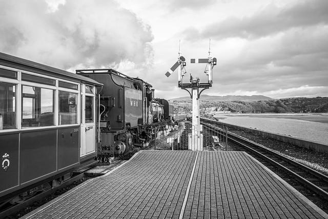 L2020_0393 - Welsh Highland Railway NGG143