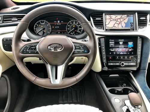 The Prosperous Interior of the 2020 INFINITI QX50 Autograph AWD Photo