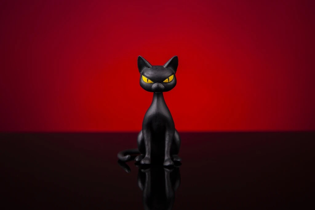 MONDO《蝙蝠俠:動畫系列》貓女 Batman: The Animated Series Catwoman 1/6 比例人偶
