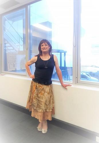 justplainrachel rachel cd tv crossdresser transvestite trans wrap silk skirt pose selfie selfportrait wollongong nsw australia xdress