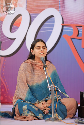 Devotional song by Niharika Choudhary Ji, Delhi