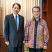President Asakawa meets Indonesian Ambassador to the Philippines