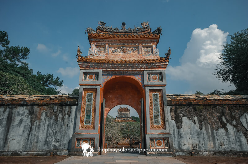 HUE TRAVEL GUIDE - THIEN MU PAGODA