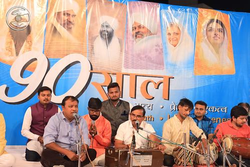 Jagraj Patel and Sathi presented Hindi Geet Daman GJ