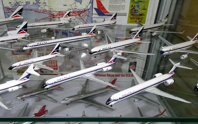 Delta Airlines 90s Widgets