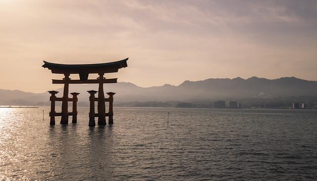 Itsukushima Floating Torii Gate (Miyajima, Japan)
