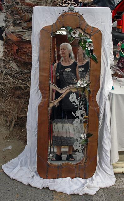 mirror image of Eldir