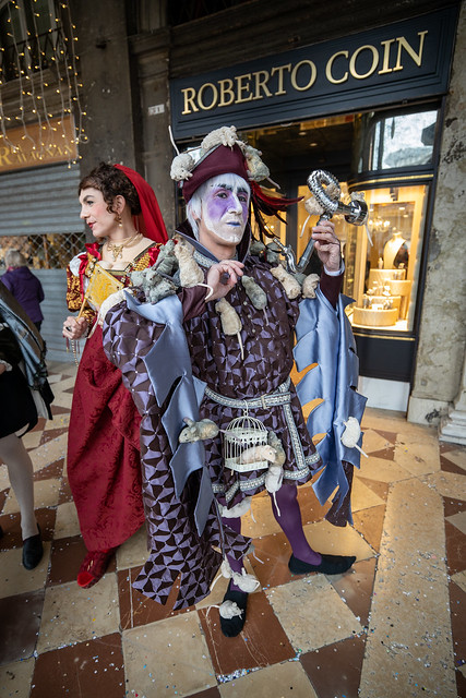 Phantastic costumes in Venice - Pied Piper of Hamelin