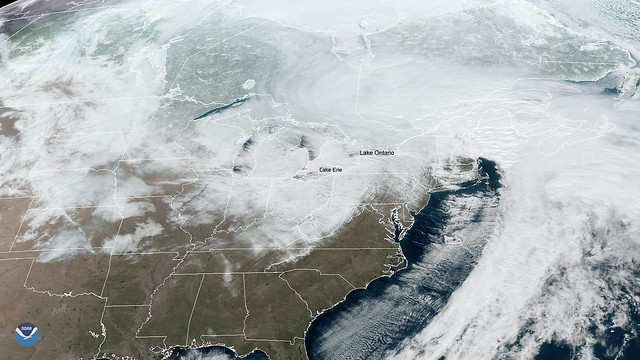 Lake Effect Snow Dumps on the Great Lakes Region