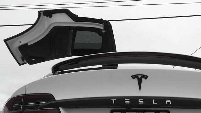 Tesla Model X Chrome Delete, Caliper Covers