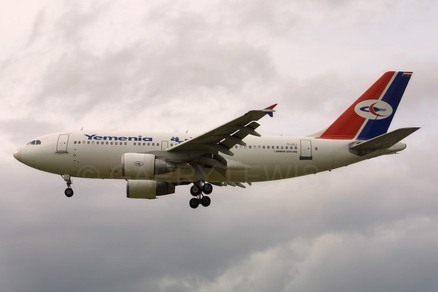 Yemenia Airbus A310-300 7O-ADJ
