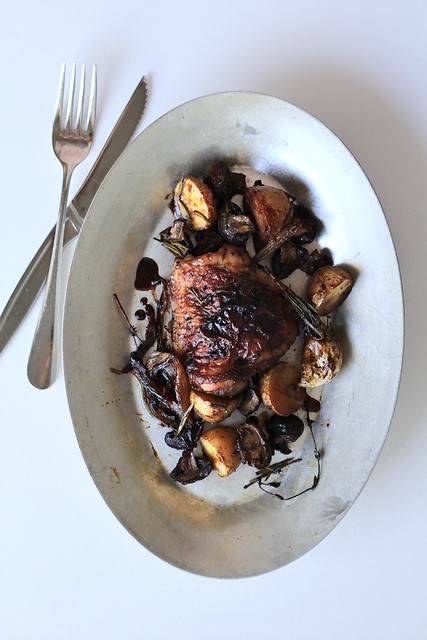 sheet pan supper: balsamic chicken with baby potatoes and mushrooms