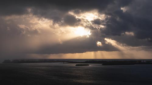 landscape nature clouds sky horizon vista water ocean miami florida southchannel brickell virginiakey fisherisland island sun atlanticocean dramatic storm rainstorm