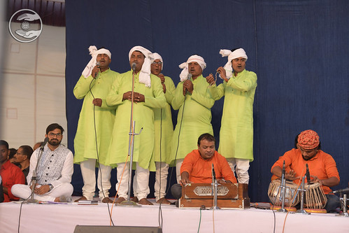 Bhojpuri Geet by Shyam Narayan Ji and Sathi, Manda GJ