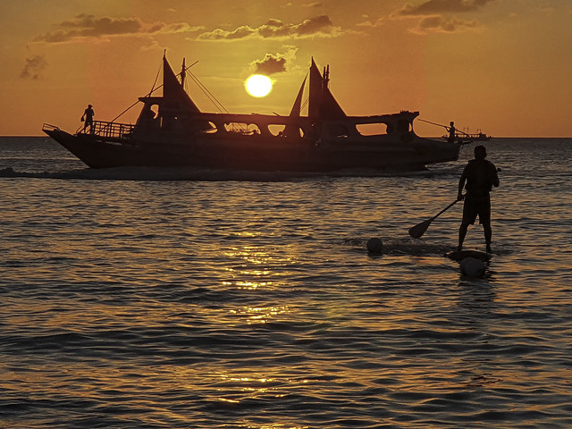 Philippines:  Sunset At Boracay - Photo #1