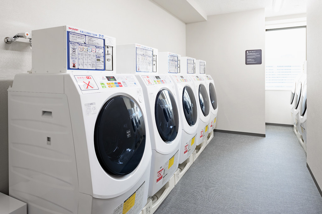 24F Coin Laundry