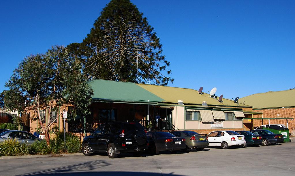 Winmallee Tavern, Winmalee, NSW.