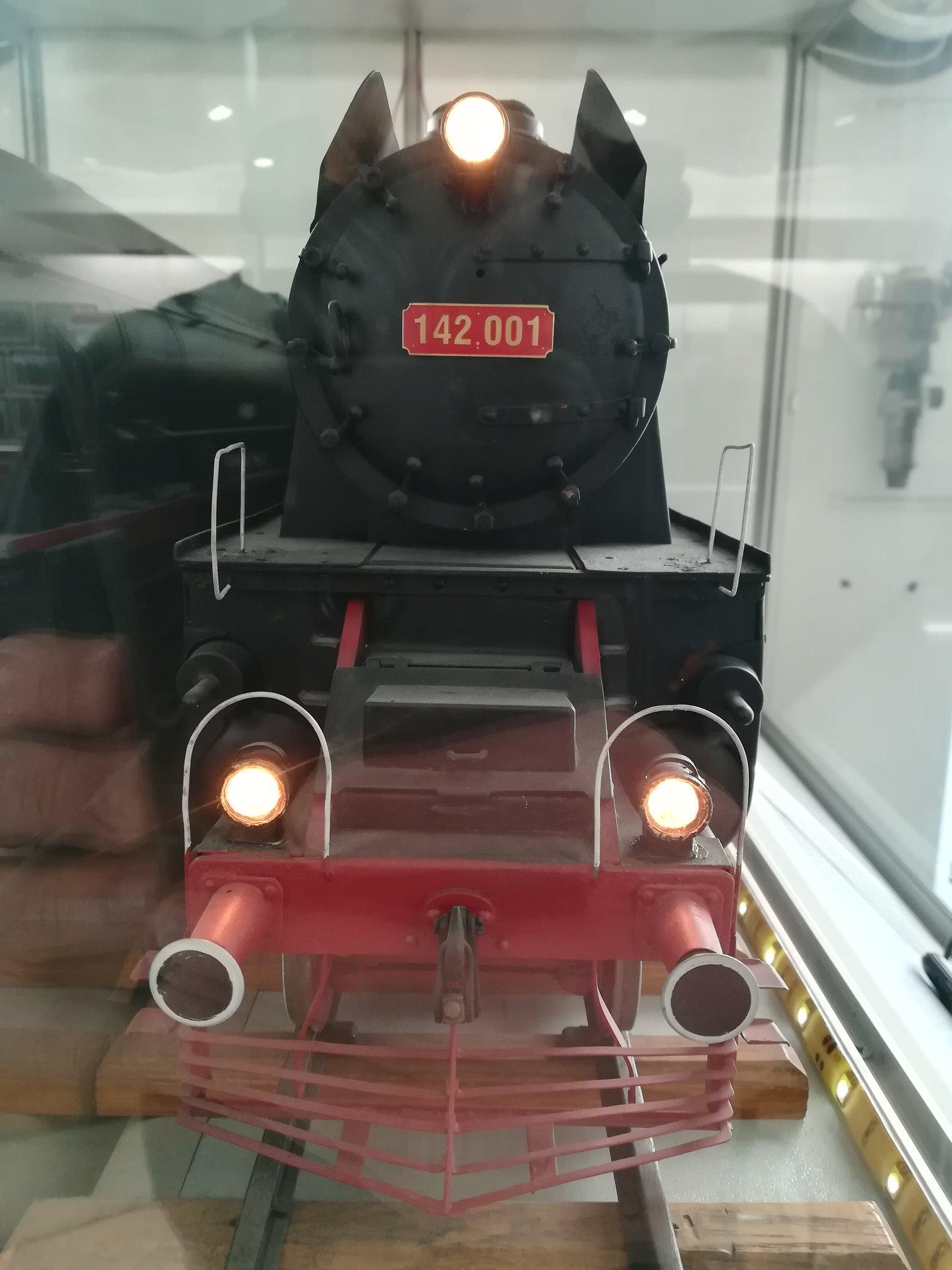 Reportaje feroviare Adirmvl - Pagina 21 49595973311_162da1693e_k