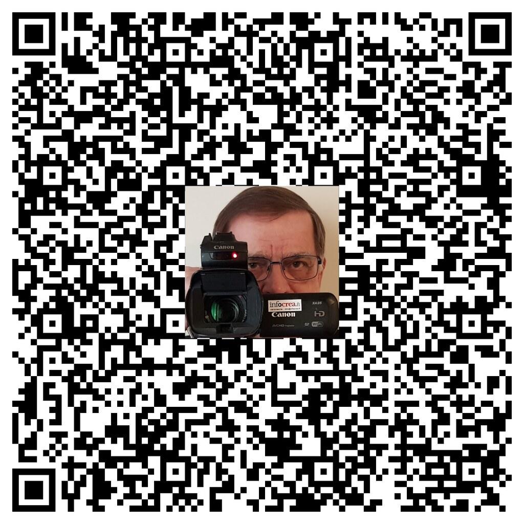 #Striimivaari®n QR-nimikortti
