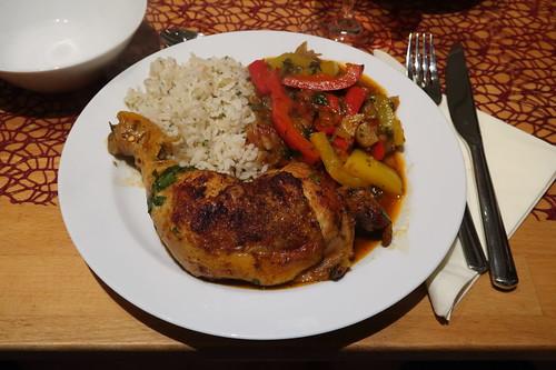 Hähnchen-Paprika-Topf zu Reis