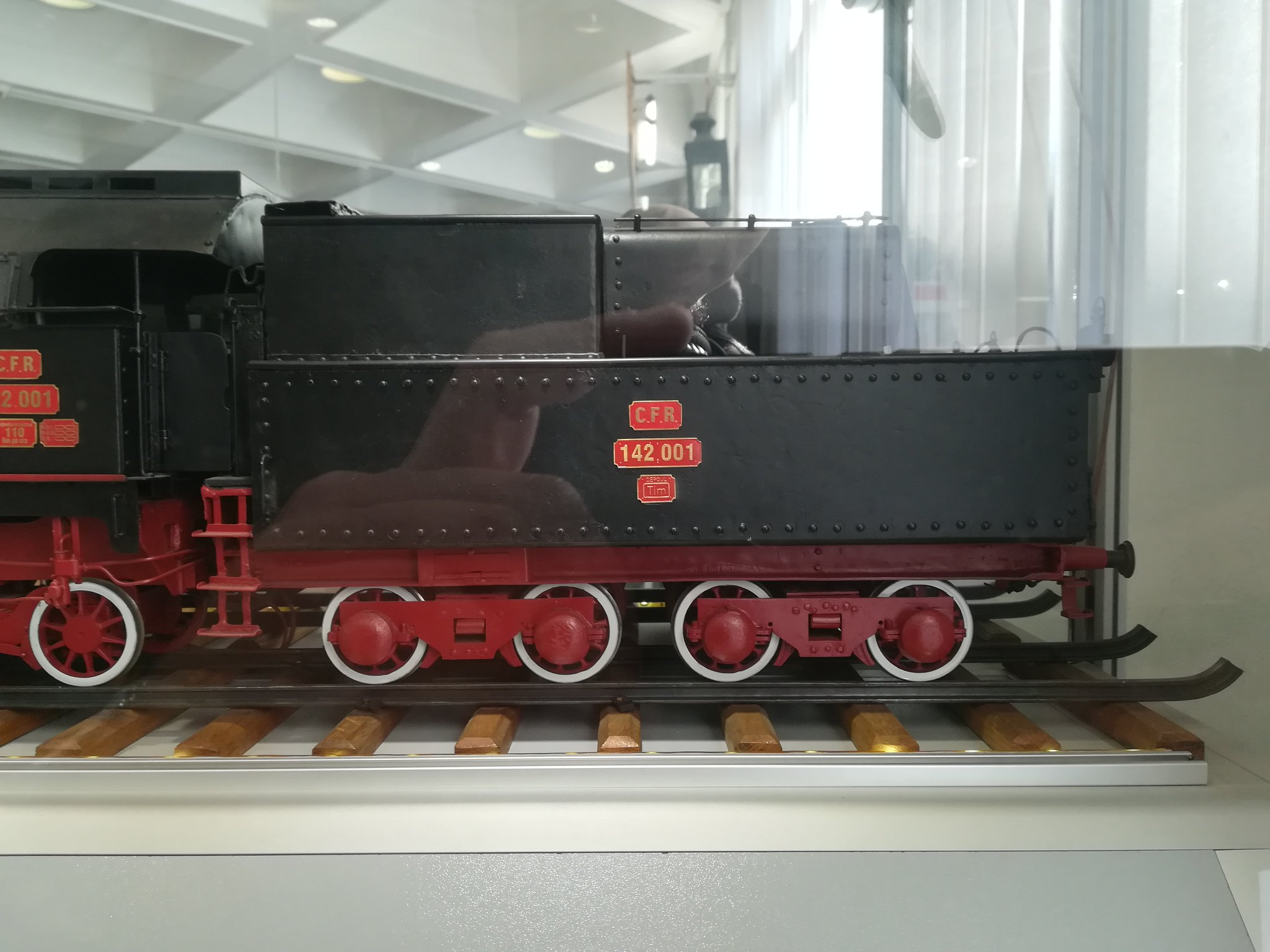 Reportaje feroviare Adirmvl - Pagina 21 49596223547_11c48b9382_k