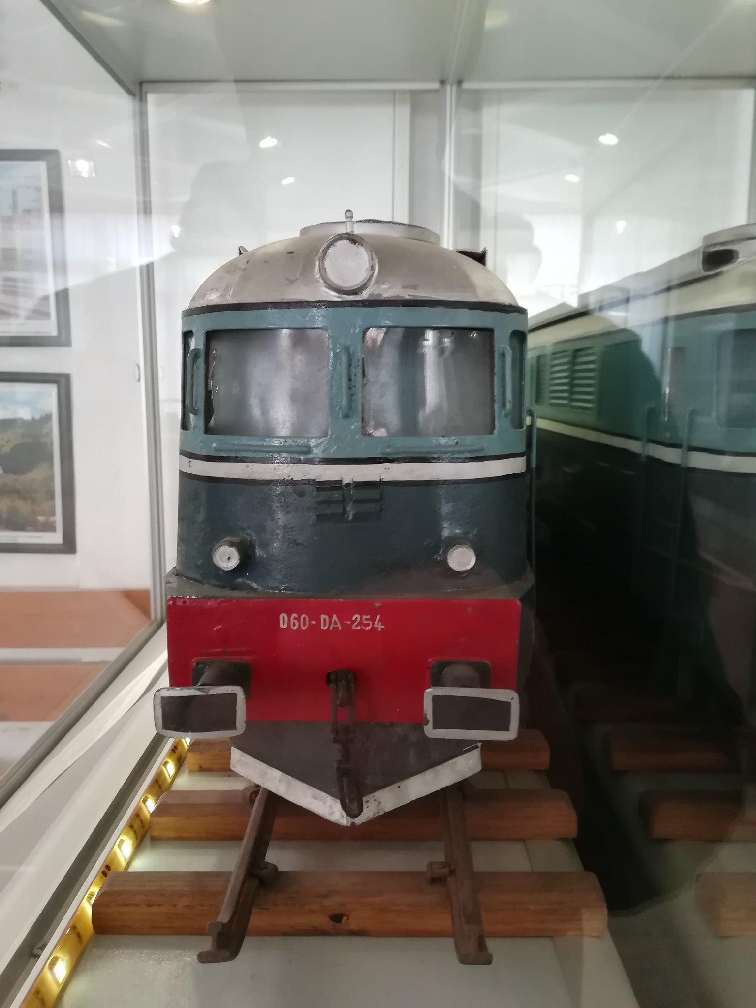 Reportaje feroviare Adirmvl - Pagina 21 49596681892_646dc4bb13_k