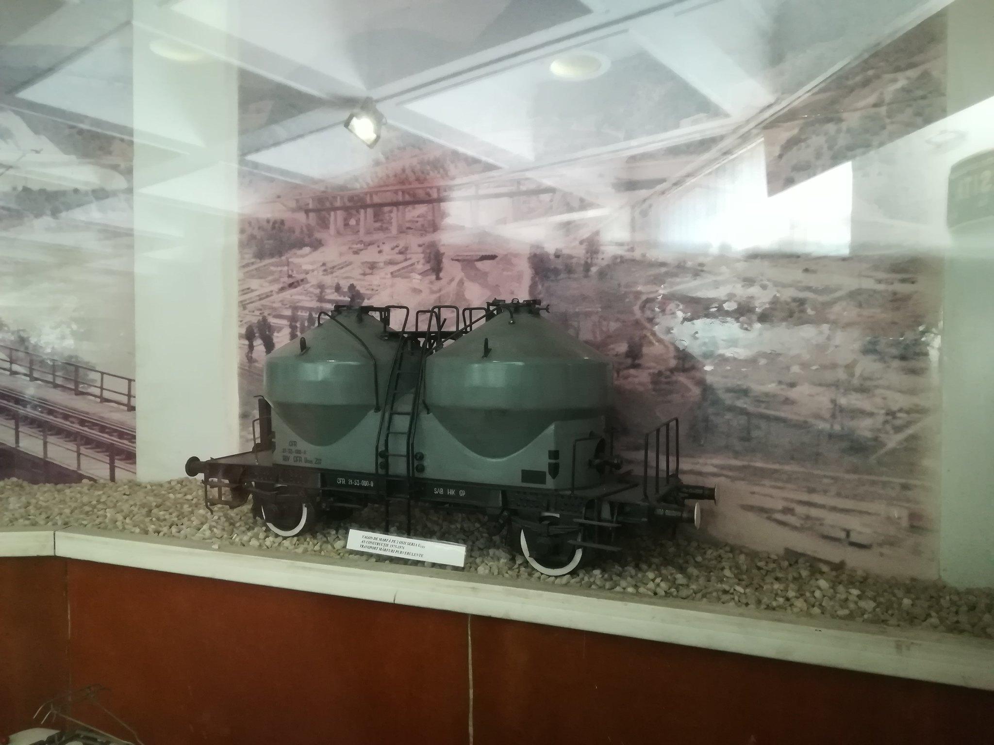 Reportaje feroviare Adirmvl - Pagina 21 49596829436_7816924a06_k