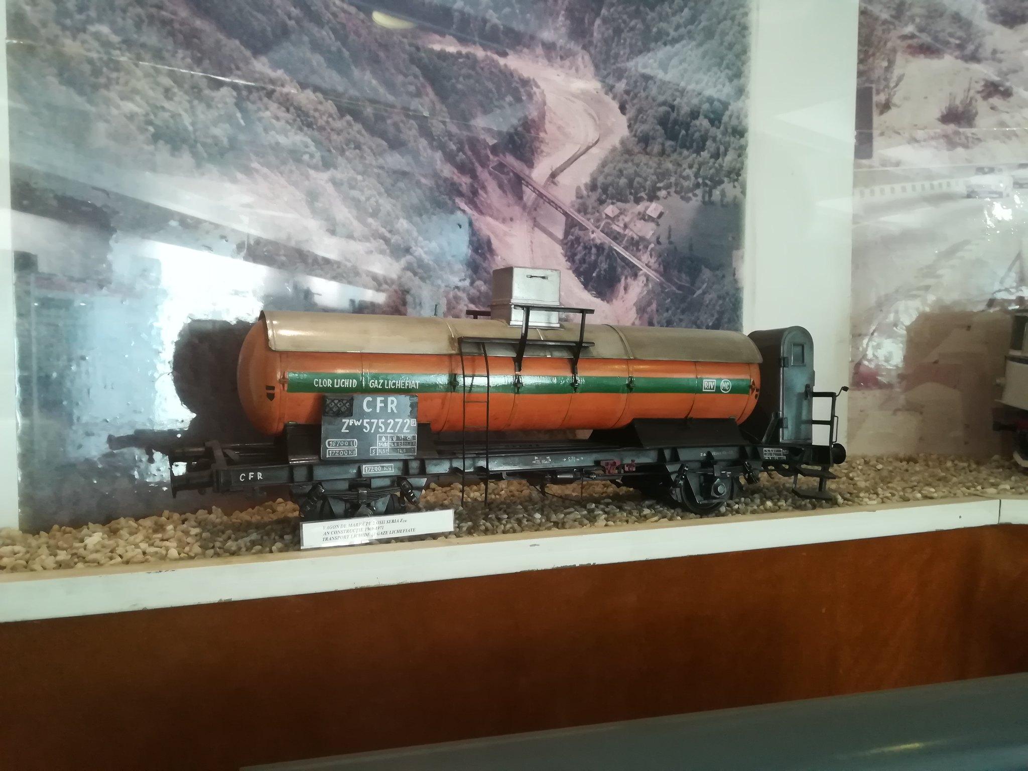 Reportaje feroviare Adirmvl - Pagina 21 49596852556_f2b2e58adf_k