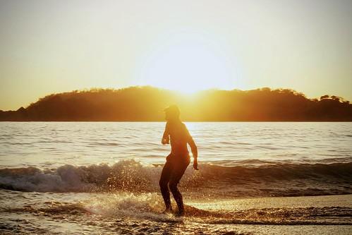 sunset beach pacificocean nicoyapeninsula playacarrillo guanacaste surfing skimmimg rica