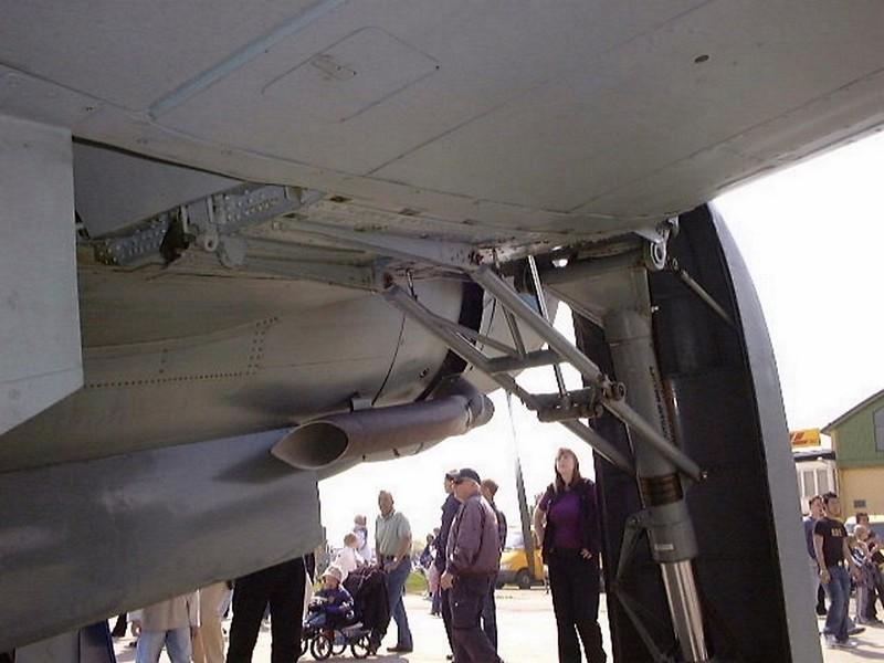 Saab B 17A 4