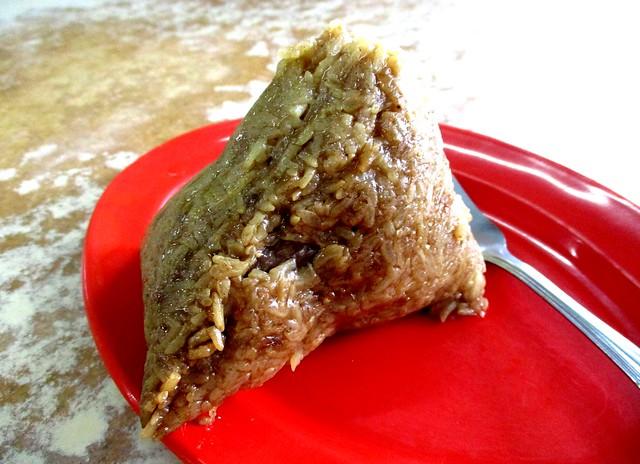 Sin Kiaw Cafe bak chang, unwrapped