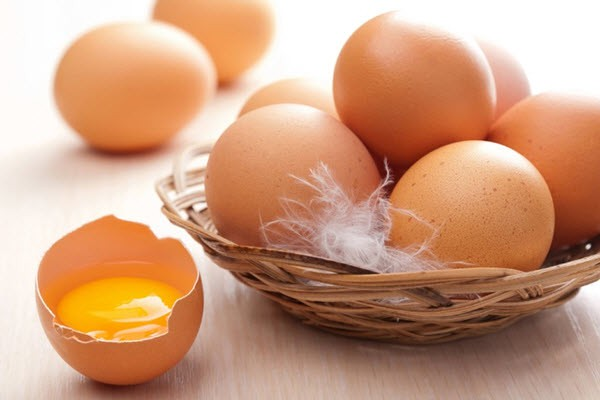 bà bầu nên ăn trứng
