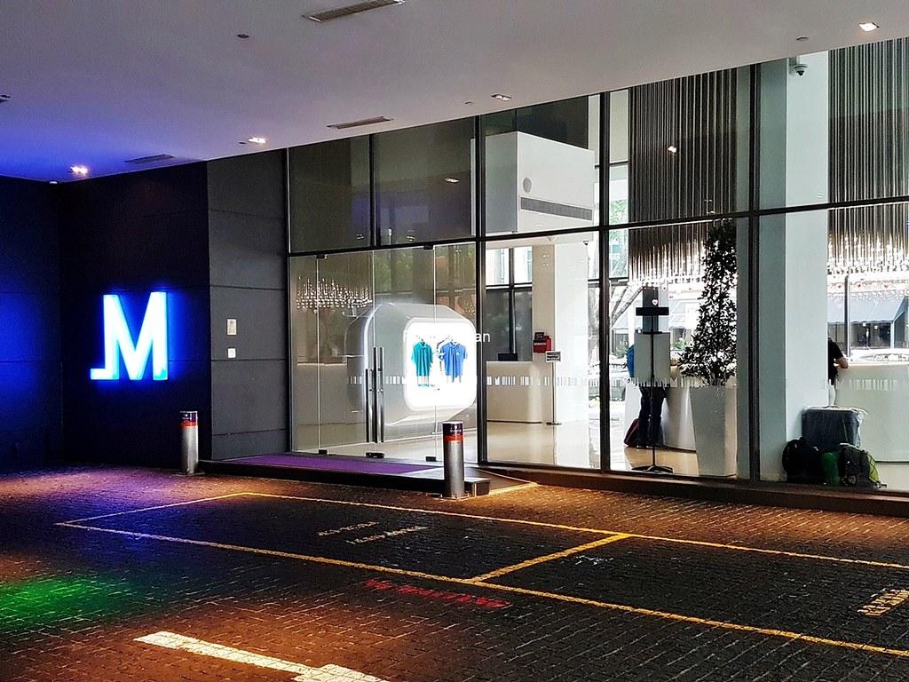 Studio M Hotel 18 - Entrance
