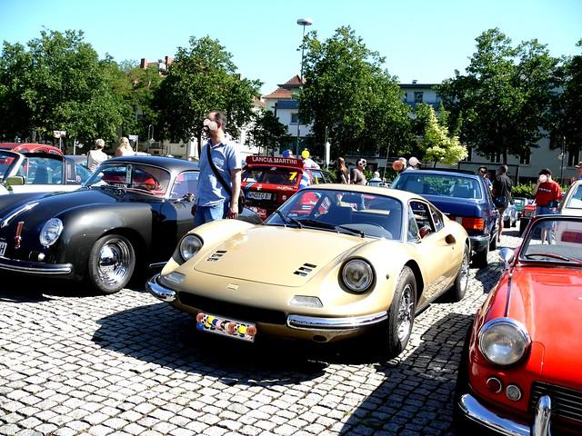 Ferrari 246 GT Baujahre 1969-1974 Nachfolgeversion vom 204 GT