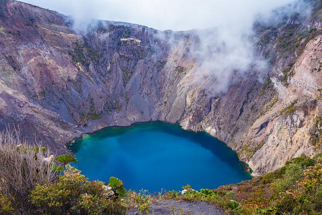 Cráter volcán Irazu