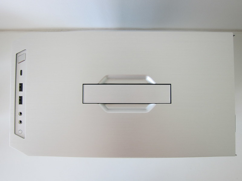 Lian Li TU150 (Silver) - Top