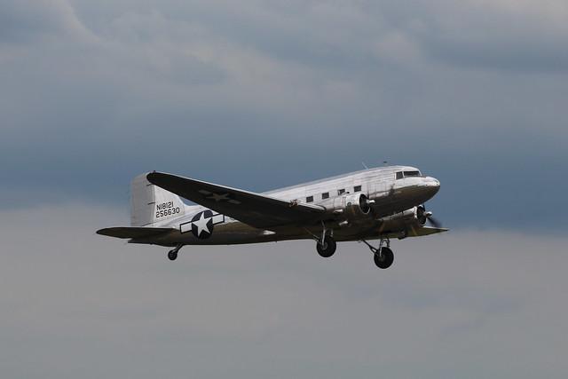 2019-06-05; 0360. Douglas DC-3A (1937) N18121. Mass departure to Normandy. Daks over Normandy, Duxford.