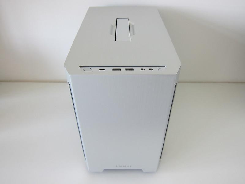 Lian Li TU150 (Silver) - Front