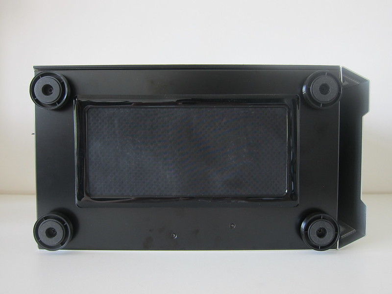 Lian Li TU150 (Silver) - Bottom - With DEMCiflex Dust Filter