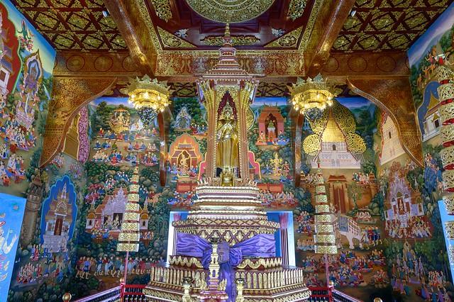 Wat Chedi Luang..Chiang Mai