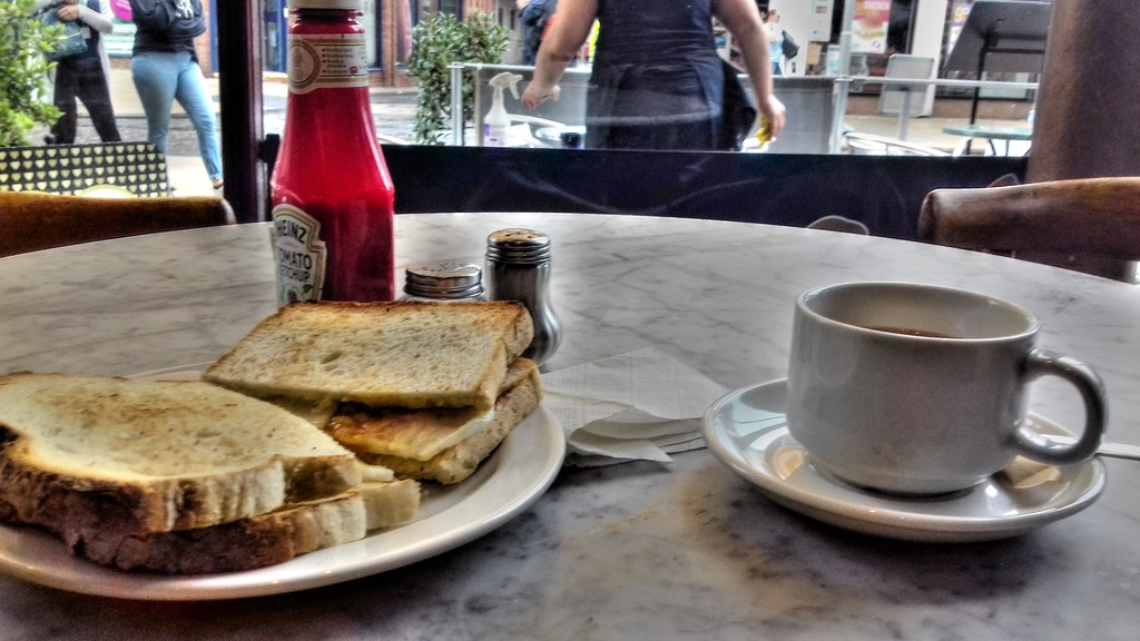 Fried Egg on Toast and Tea at Bruccianis