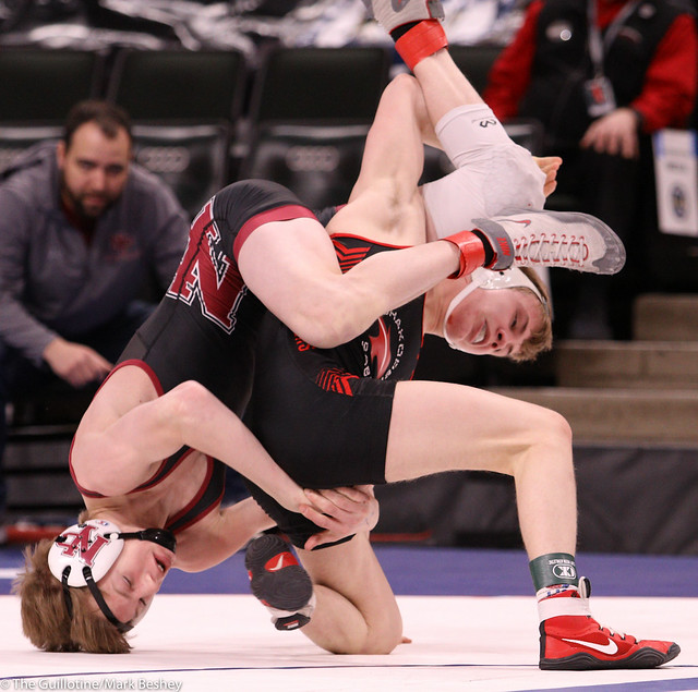 126AAA Semifinal - Joey Novak (New Prague) 46-8 won by decision over Pierson Manville (Shakopee) 54-4 (Dec 5-4) - 200229amk0069